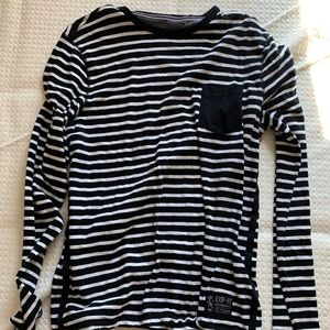 Express Fitted Long Sleeve Tee - Men's Large
